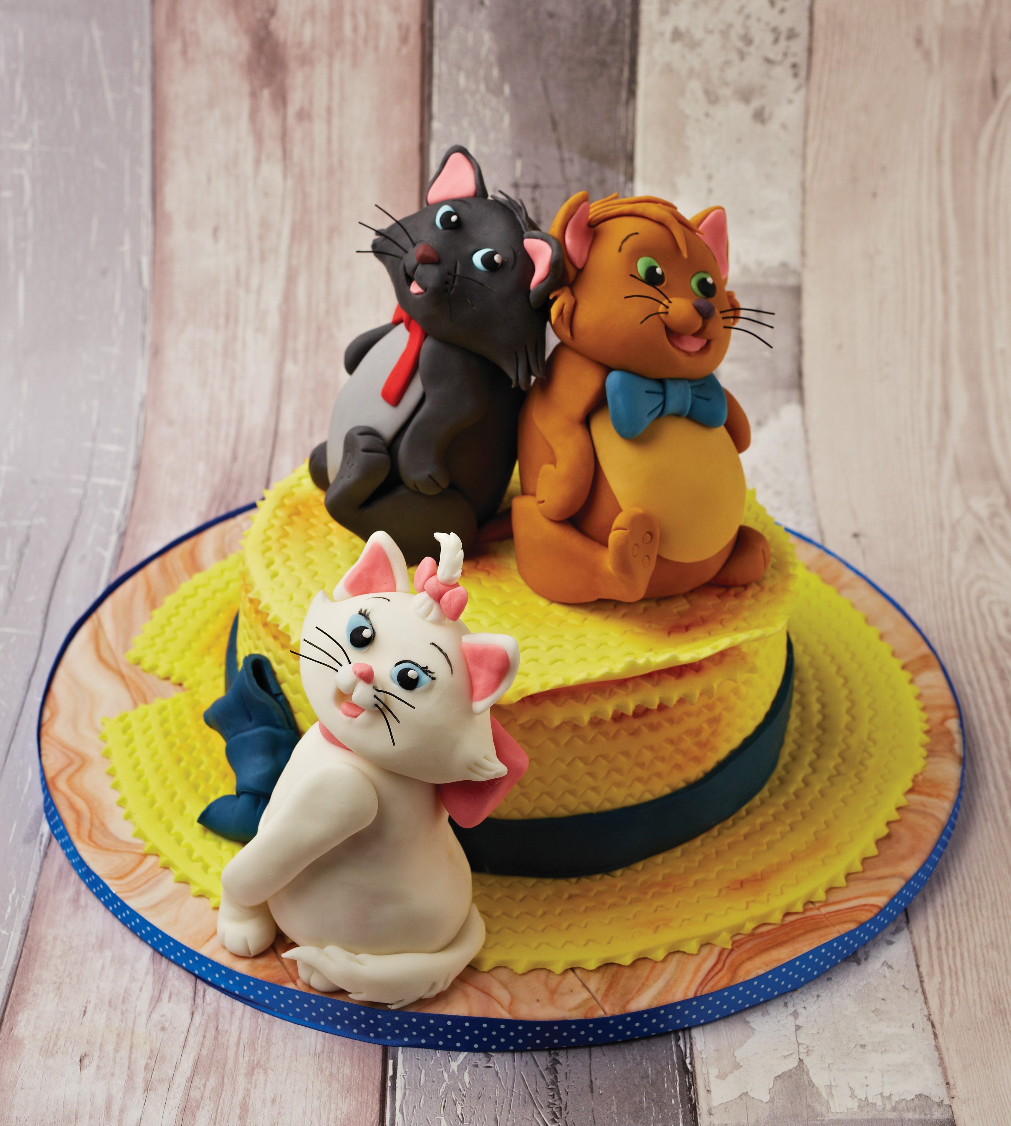 https://caroldeaconcakes.com/aristocats/